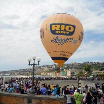 eventi-voli-ancorati-mongolfiera-personalizzata-rio-mare