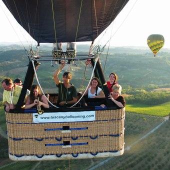 gruppo-privato-famiglia-volo-in-mongolfiera