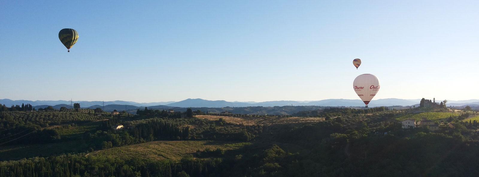 chianti-mongolfiere-in-volo-sulle-colline-toscane